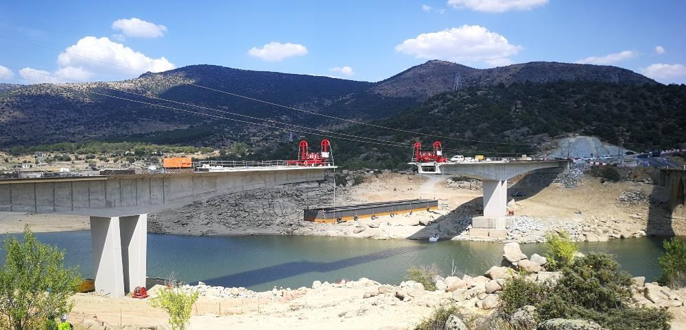 ALE has to install new bridge span on La Gaznata Viaduct
