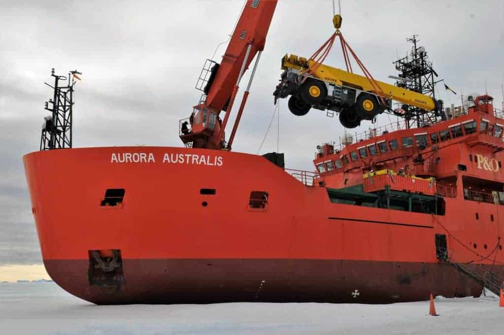 Grove Rt540e Goes Australian Antarctic Program 1